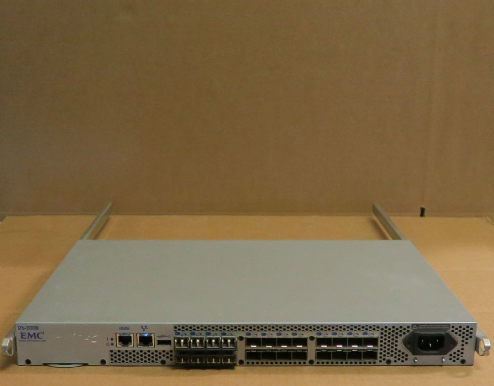 Brocade 300 BR300 DS-300B24 Port (8 Active)8GB 8GBps 8GB FC SAN Switch +licenses